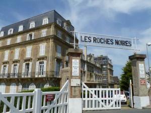 Hotel Les Roches Noires